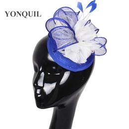 cabelo da estação da flor Desconto 17 Cores fascinante sinamay pena flor adornam chapéu fascinator base headpiece T-plataforma acessórios para o cabelo terno para todas as estações FNR151116