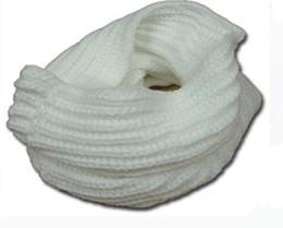 Le nuove 2017 donne calde di modo caldo inverno Infinity 1 Circle Circle Knit Cowl Neck sciarpa scialle 7 colori all'ingrosso spedizione gratuita cheap infinity cowl scarf wholesale da sciarpa del cappuccio di infinito all'ingrosso fornitori