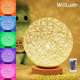 Canada LED Télécommande Night Light dimmable RGB coloré enfants chambre chambre bureau table de chevet lampe fête fête de Noël décoration de Noël cadeau Offre