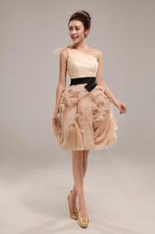 elie saab weißes cocktailkleid Rabatt 2018 Nur noch ein Champagnerkurzschluss Cocktailkleider Rachel Allan One-Shoulder-Ballkleid aus Organza Ball kurzes Kleid
