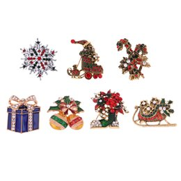 occhiali americani della ragazza Sconti Carino cristallo smalto di Natale spilla pin gioielli per neonati rinato bambole del bambino accessori costume stivali di fiori di Natale