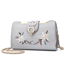 Wholesale White Handbags For Sale - Lady Hot Sale Embroidery Handbags for Women Ladies Flower Purse Casual Clutch Girls Crossbody Shoulder Messenger Bags