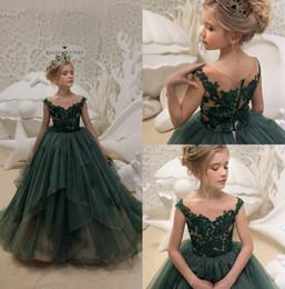 Wholesale Emerald Green Color Dresses - Emerald Green Flower Girls Dresses For Weddings 2018 Cap Sleeve First Communion Dress Floor Length Little Girls Pageant Gowns