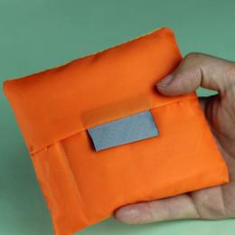 Эко-квадратные сумки онлайн-(1000шт/ctn) 2018 новый квадратный карман сумка конфеты 7 цветов доступны Эко-многоразовые складной ручкой полиэстер мешок