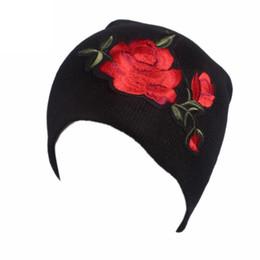 Kadınlar şapka ile 2017 bayanlar rahat şapka Nakış Güller baskı Kanseri Kemo Beanie Eşarp Türban Başkanı Wrap Cap Örme Yün nereden ahizesiz telefonlar tedarikçiler
