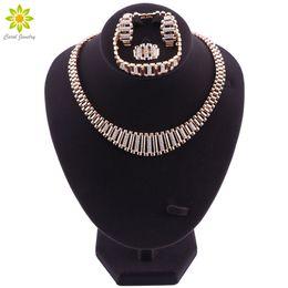 dessins de perles nigériennes Promotion Ensemble de bijoux exquis de Dubaï Ensemble de collier plaqué or de luxe Ensemble nigérian Ensemble de bijoux de perles africaines Costume Nouveau design