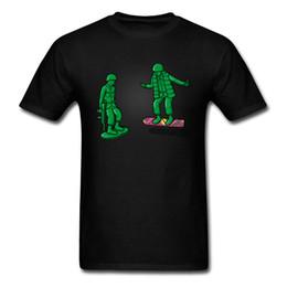 Argentina Volver Juguete El Futuro Camiseta Hombres Diversión Tops Monopatín Camiseta Verano Negro Verde Ropa Patinadores Camisetas frescas Soldado Estilo cheap green soldier toys Suministro