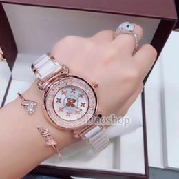 407e238dc6 Moda Mujer Cristal Relojes de Pulsera Trébol de Cuatro Hojas Diseño  Cerámica Correa de Marca de Lujo Oro Rosa Vestido de Señoras Reloj de  Cuarzo Invicta