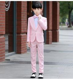 Sevimli Tasarım Çocuklar Pembe Giymek Için Uygun Smokin Ile Boys (Olmadan) Yelek Bir Düğme Doruğa Yaka Düğün Suits Resmi Performans Kostümleri nereden