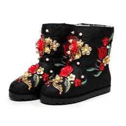 Scarpe invernali belle online-Nice Winter Shoes Custom Handmade Pearl Flowers Stivali di lana davvero caldi Stivali da neve Stivali da donna Z536