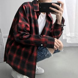 9337ee37e028 2018 Spring And Autumn Men Fashion Brand Vintage Classic Plaid Slim Fit Korea  Style Ulzzang Shirt Male Casual Red Handsome Shirt