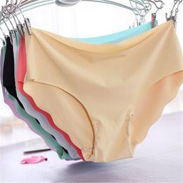 Canada Femmes volants sous-vêtements culotte respirant traceless dames sans couture mémoires coton mi-hauteur solide lingerie taille m à l 3pcs / lot cheap breathable seamless panties Offre