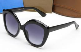 occhiali da spiaggia riflettenti Sconti Gli occhiali da sole del fshion degli occhiali da sole della donna più nuova di ESTATE del rivestimento del sole del quadrato riflettente delle signore di vetro all'aperto di sole drving liberano il trasporto