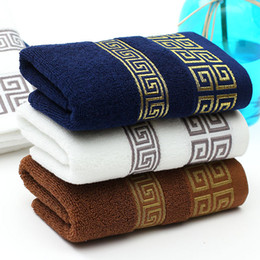 Chino geométrico toallita griego llave cara mano toalla de pelo blanco azul marino baño baño algodón toallas desde fabricantes