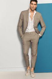 Wholesale beach wedding men suits - Casual Beach Custom Made Khaki Linen Suits Men Wedding Suits for Men Blazer Bridegroom Tuxedos Groom Prom 2 Piece jacket+Pants