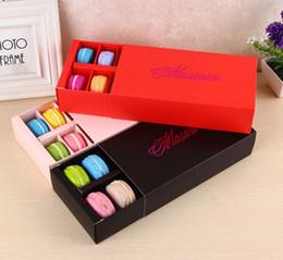 Cajas de regalo para galletas online-12 tazas de papel Macaron caja de embalaje tipo cajón pasteles de galletas de chocolate cajas de torta para el banquete de boda regalo 50 unids