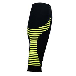 1 PC Ginocchiere per adulti ad alta elastico Leg Maniche Basket Calcio Running Knee Protector Vitello Supporto traspirante Leg Brace da