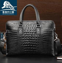 2019 crocodilo em relevo couro bolsas Saco de marca por atacado de alta qualidade crocodilo em relevo bolsa de couro homens de negócios moda em relevo couro moda bolsa de ombro de couro crocodilo em relevo couro bolsas barato