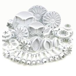 Conjuntos de émbolo de la flor online-33 unids Plunger Fondant Cuer Cake Cake Galletas Galletas Molde de La Torta Del Molde Craft DIY 3D Sugarcraft Decoración Herramientas Conjunto de Flores