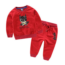 Ropa de bebé batman online-Niños Sudadera con capucha de algodón conjunto 2018 Otoño Kids Suits Baby Boys Clothes Sets Niños Niños ropa de Batman 2pcs con capucha + Pants Girls Sport Suit