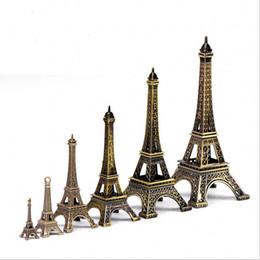 adereços da torre eiffel Desconto Design Vintage Paris Torre Eiffel Metálico Modelo Bronze Cor para casa Artesanato Presente de Casamento Prop Fotografando Suprimentos de Decoração Para Casa