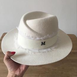 2019 fascinadores de navidad Moda de verano m sombreros blancos para mujer sombrero de encaje de alta calidad de protección solar sombrilla de lana