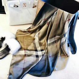 Atacado-O famoso estilo designer de lenços de seda de mulher popular macio moda xaile lenço de seda das mulheres quadrado 180 * 90 cm de