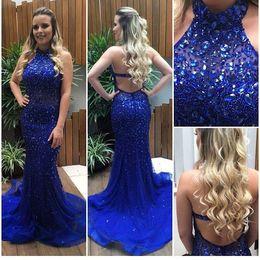blaues halfter tüll kleid Rabatt Royal Blue Mermaid Prom Abendkleider High Neck Halter Kristall Perlen Tüll Backless Champagne Formale Kleider Sweep Zug