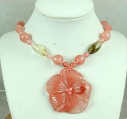 Wholesale Cherry Quartz - wholesale Fashion hot beautiful natural carved cherry quartz flower pendant gem necklace R55
