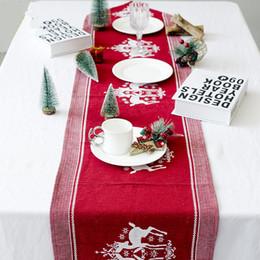 Nappes rouge en coton en Ligne-2019 Décorations De Noël Wapiti Imprimé Nappe Rouge Blanc Coton et lin broderie Chemin De Table Décor De Ménage Vente Chaude