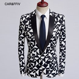 suit blazers pattern Promo Codes - car&ffi New Men Fashion Black White Triangle Pattern Blazer Slim Fit Designs Costume Homme Stage Clothes For Singers Suit Jacket