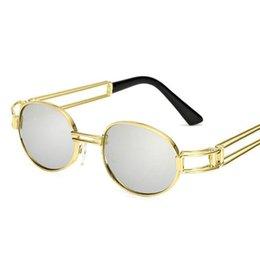 a129299793c14a Rétro Petit Lunettes De Soleil Rondes Hommes Mâle Vintage Steampunk Lunettes  De Soleil Femmes Hip Hop Or Lunettes De Luxe Marque Lunettes UV400 lunettes  de ...