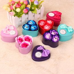 Wholesale wholesale soap boxes - Scented Rose Soap Flower Vivid Body Bath Bouquet For Wedding Mother Valentines Day Decoration Artificial Flowers With Retail Box 2 4mw BB