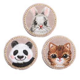 Ferro de coelho on-line-Panda bordado Patches de Coelho Gato Ferro De Costura Em Crachá Criativo Para O Saco de Calça Jeans Chapéu Apliques DIY Handwork Etiqueta Vestuário Decoração