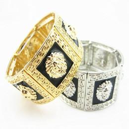 brazaletes asiáticos de plata Rebajas Medusa, hombres, león, collar colgante, pulsera, oro, negro, chapado en oro, aleación, diamante, joyería de moda para hombre, collar de hip hop