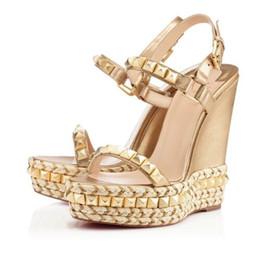 Wholesale embellished high heels - Summer Red Bottom Cataclou 60mm Embellished Patent-leather Studded Platform Wedge Sandals For Women,Luxury Brnad Walking Flats 35-42