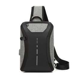 Canada Sac à bandoulière, sac à bandoulière résistant à l'eau, sac à dos, à bandoulière et à bandoulière avec port de chargement USB, étuis pour iPad Offre