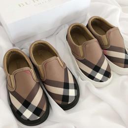 Calzado de lujo para niños de marca senior, niños y niñas, moda, zapatos casuales, caminar al aire libre, correr, zapatos para niños. desde fabricantes
