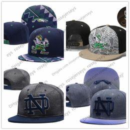 NCAA Notre Dame Fighting Gorras irlandesas 2018 New College Gorras  ajustables All University Snapback Gris Negro Azul marino Verde Envío  gratuito UND 656959dfc78