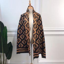 Bufanda del mantón del tartán online-2018 nueva F - letra bufanda de cachemira de imitación mujer otoño invierno cálido chal larga y gruesa bufanda de doble uso
