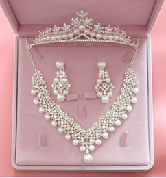 crystal crown pearl necklace Coupons - Luxury Crystal Pearl Wedding Jewelry Sets for Brides Necklace + Tiara Crown + Earring Jewelry Sets for Bridals Hair Accessories