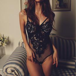 Reggiseno sexy carino online-Body donna sexy in pizzo Reggiseno push-up hollow trasparente ricami Reggiseno ciglia Bralette Cute Underwear Intimo Top 2017