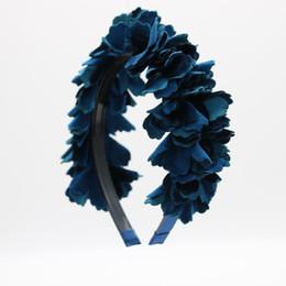 Argentina 2017 nueva moda de terciopelo flor peluca OEM hairband niños moda cabeza completa accesorios para el cabello con banda de plástico con dientes de dientes cheap velvet flower heads Suministro