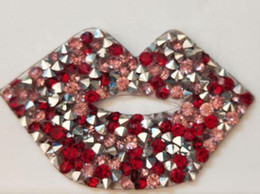 Wholesale Hot Fix Rhinestone Crystals - 25pcs Hot Fix Crystals lips Motifs Heat Transfer Rhinestones Motifs Crystal Strass Stones Applique Patches For Wedding Clothing Shoe