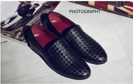 Canada Merkmak luxe printemps été trous respirants pour hommes chaussures en cuir décontracté mode hommes à la mode appartements flats cheville chaussures Drop Shipping supplier luxury round hole Offre