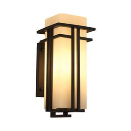 Lámparas de balcón al aire libre online-Lámpara de pared Simple Moderna Impermeable Exterior Patio Patio Lámpara Creativo Pasillo Exterior Balcón Corrido (Tamaño: 24cm41cm)