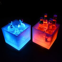 Wholesale keg barrel - LED Luminescence Ice Bucket Double Deck PP Material Ices Keg West Restaurant Bar Necessary Square Shape Small Barrel Simple Practical 45kf Y