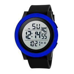 Мужские часы водонепроницаемые онлайн-Male man watches for men gifts sport waterproof Men's Waterproofing Digital LED Quartz  and  Date Watches hot new