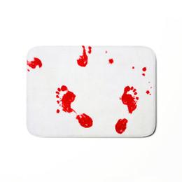 Deutschland Comwarm Einzigartige rutschfeste Boden Teppiche Blood Footprints Karte Tier Mandala Foot Pads Badezimmer Schlafzimmer Küche Autos Flanell Tür Matte cheap blood mat Versorgung