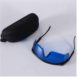 2019 e luz laser Vidros de segurança quentes para o IPL OPT Óculos de  proteção vermelhos a427c4083d